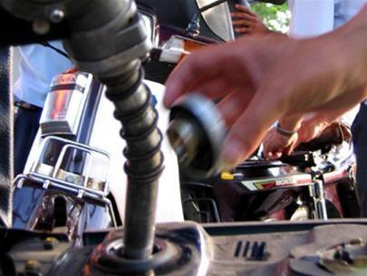 Việc tăng thuế BVMT đối với xăng dầu gây bất lợi cho cả nền kinh tế
