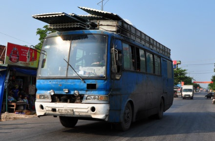 Công tác quản lý lỏng lẻo dẫn đến nhiều xe cũ nát vẫn chui qua được cửa đăng kiểm (ảnh minh họa: Báo Quảng Ninh)