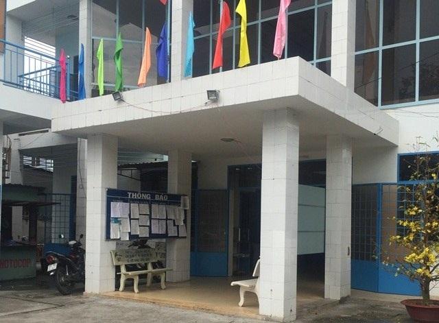 Trụ sở làm việc của UBND phường Xuân Khánh, quận Ninh Kiều, TP Cần Thơ trong ngày làm việc đầu năm cũng vắng hoe dân