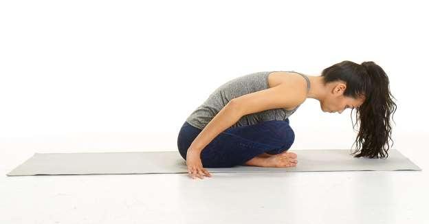 Những tư thế yoga giúp đẩy lùi chấn thương chạy bộ - 2