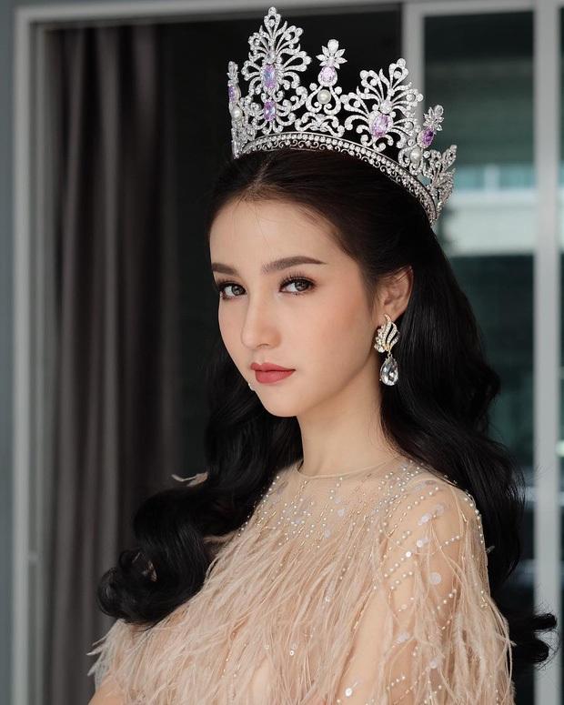 Cô nhanh chóng trở nên nổi tiếng khắp châu Á sau khi giành danh hiệu Hoa hậu chuyển giới. Trước đó, cô chỉ nổi tiếng trong nước.