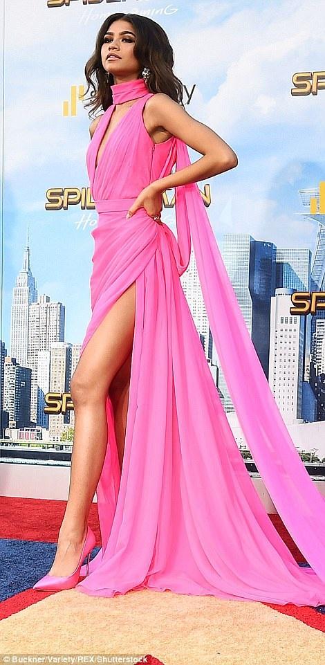 Zendaya nổi tiếng hơn rất nhiều khi được thủ vai nữ chính trong phần mới nhất của loạt phim Người nhện