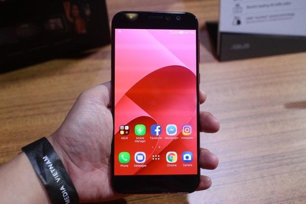 Zenfone 4 Selfie Pro tập trung vào chức năng của camera trước