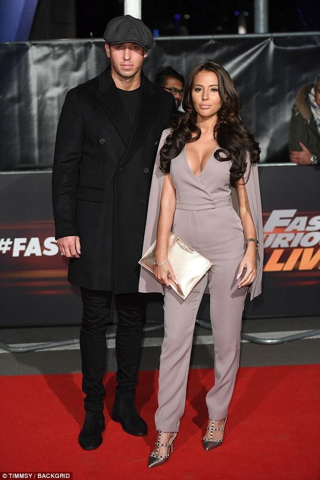 Yazmin Oukhellou và bạn trai James Lock đẹp đôi dự công chiếu phim mới Fast and Furious tại London ngày 19/1 vừa qua