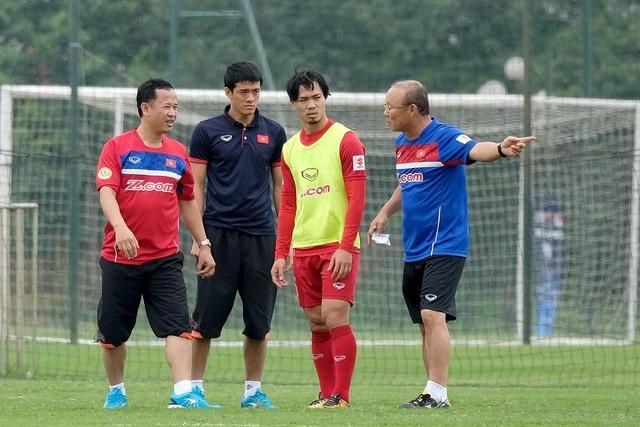 """HLV Park Hang Seo từng chia sẻ: """"Ở đội tuyển Việt Nam sẽ không có ai là ngôi sao cả. Tất cả phải nhìn về một hướng và thực hiện các mục tiêu đề ra""""."""