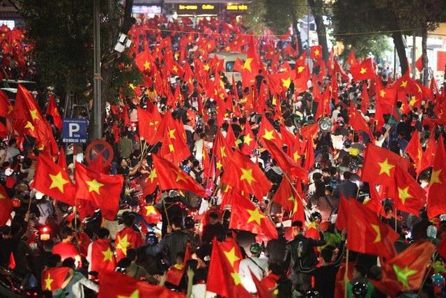 Triệu trái tim hướng về U23 Việt Nam - 2