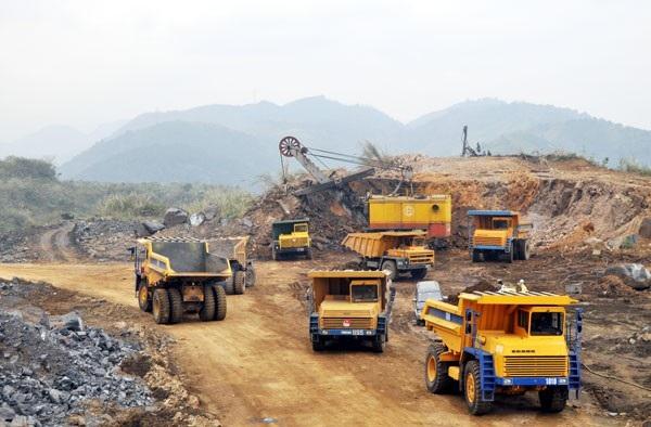 Khai thác khoáng sản phải đảm bảo không gây ô nhiễm môi trường (Ảnh minh họa)