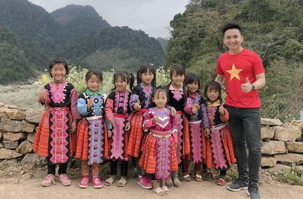 MC Hạnh Phúc đang ở Mộc Châu, Sơn La.