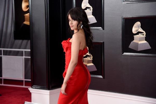 Camila Cabello đẹp hút hồn