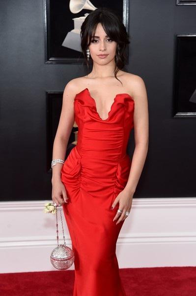 Người đẹp khoe dáng gợi cảm tại lễ trao giải Grammy - 28