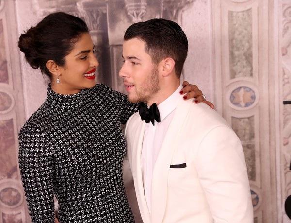 Nick Jonas đưa bạn gái dự tuần lễ thời trang New York cách đây ít tuần