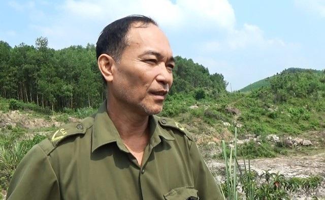 Ông Lang Thanh Hoài - Trưởng Công an xã Châu Bình vẫn chưa hết ám ảnh về vụ sập hầm khai thác đá đỏ khiến 75 người thiệt mạng ở đồi Tỷ giữa năm 1991.