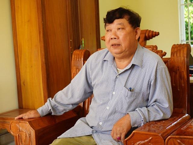 Theo ông Lương Văn Đại - Chủ tịch UBND xã Châu Bình, hướng phát triển kinh tế xóa đói giảm nghèo của bản Khoang - nơi đã từng là thủ phủ đá đỏ của Quỳ Châu, chủ yếu vẫn là chăn nuôi và trồng rừng.