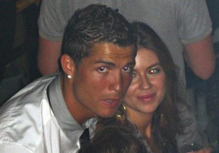 C.Ronaldo sẽ bị thẩm vấn vì cáo buộc hiếp dâm