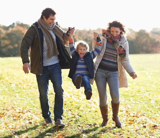Cả bố và mẹ đều có thể đóng vai trò quan trọng trong sự phát triển của con cái