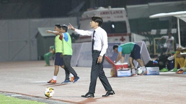 HLV Miura lần thứ 2 lặng lẽ chia tay bóng đá Việt Nam (ảnh: Trọng Vũ)