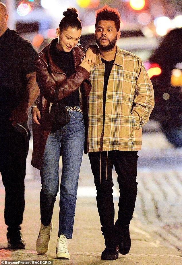 Trước đó họ chia tay nhau ít tháng và The Weeknd hẹn hò với Selena Gomez