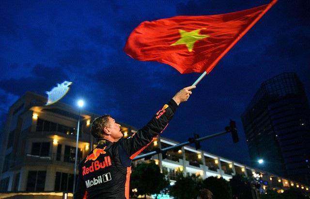 Chặng đua xe F1 sẽ được tổ chức ngay trên đường phố tại Hà Nội vào năm 2020 - 1