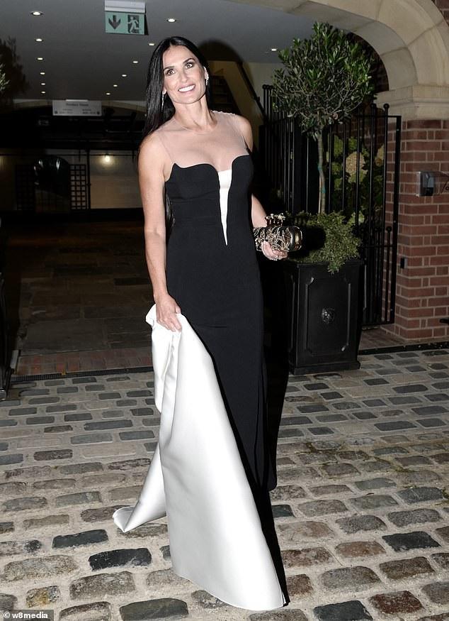 Demi Moore dự tiệc tối mừng đám cưới công chúa Eugenie tổ chức tại Anh ngày 12/10 vừa qua