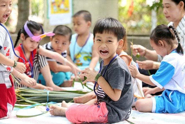 63/63 tỉnh, thành phố đã đạt chuẩn phổ cập giáo dục mầm non cho trẻ em 5 tuổi.