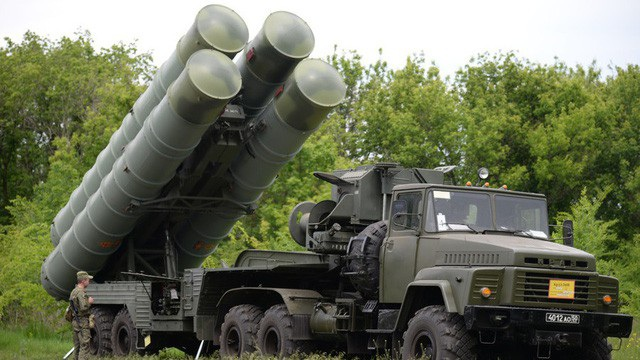 Tổ hợp phòng không S-300 của Nga (Ảnh: Sputnik)