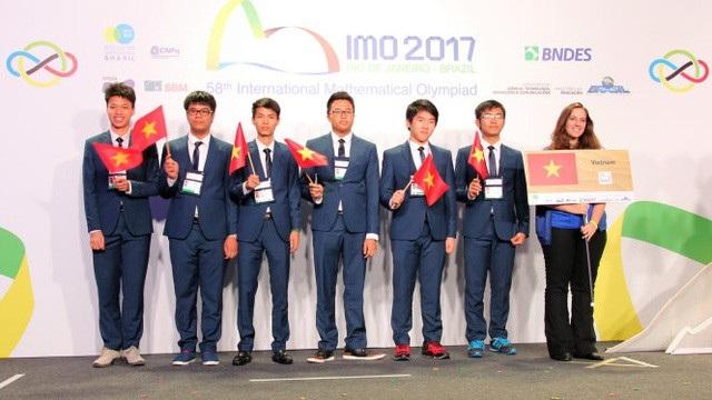 6 thí sinh đội tuyển quốc gia Việt Nam đều giành huy chương tại kỳ thi Olympic toán học quốc tế 2017.