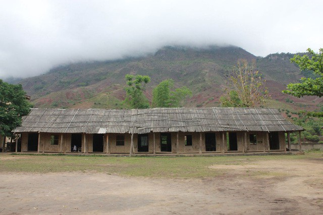 Những phòng học này còn rất nhiều ở khu vực miền núi