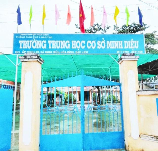 """Bạc Liêu: Hiệu trưởng Trường THCS Minh Diệu bị """"tố"""" làm trái quy định nhà nước - Ảnh 1."""