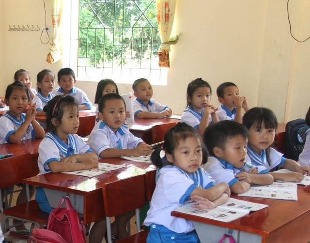 Thiếu giáo viên, giảm tiết... khiến các em học sinh có ít thời gian để tham gia các hoạt động ngoại khóa ngoài giờ lên lớp hay các buổi học kỹ năng sống.
