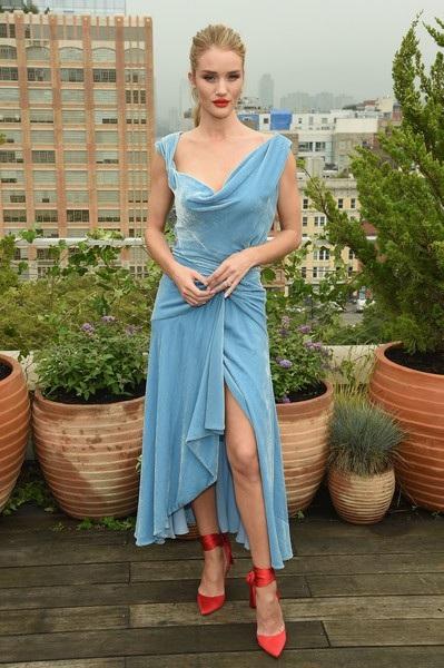Rosie Huntington-Whiteley tại tuần lễ thời trang New York hồi tháng 9