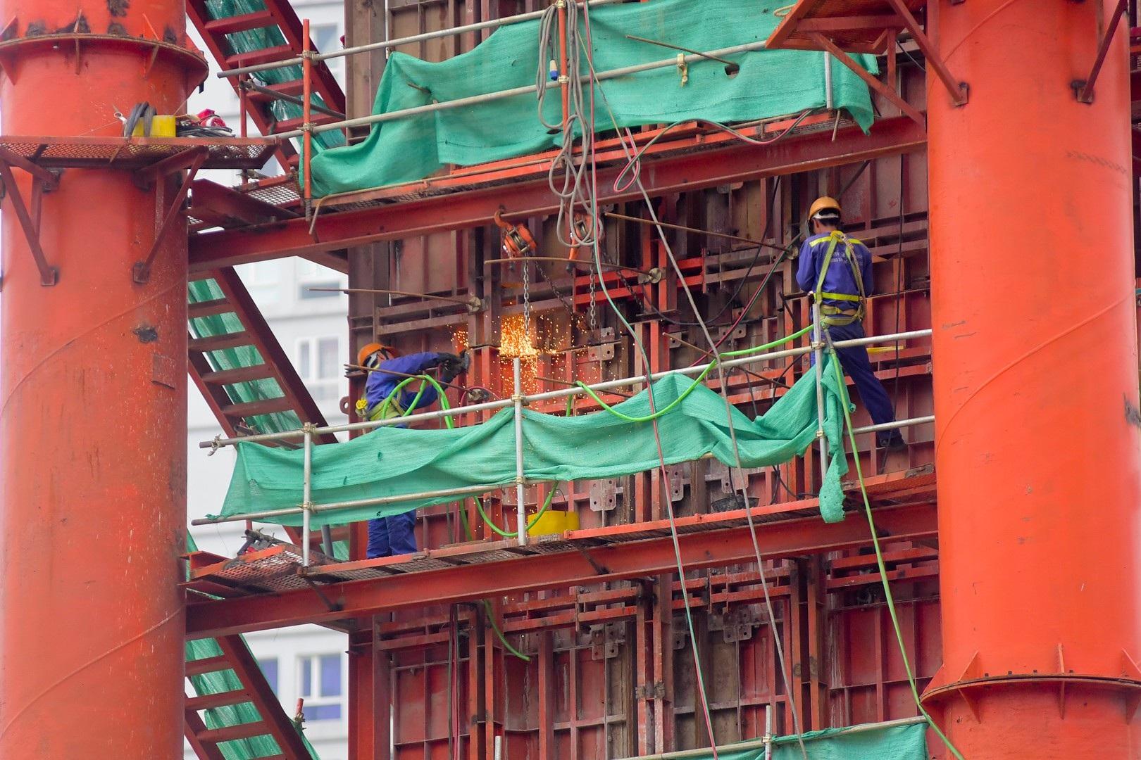Toàn cảnh tuyến đường trên cao gần 10.000 tỷ giải cứu giao thông Ngã Tư Sở - cầu Vĩnh Tuy - Ảnh 9.