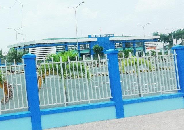 Sân bay Cà Mau hứa hẹn sẽ mở được nhiều tuyến bay đến nhiều địa phương để phục vụ việc đi lại của người dân cũng như hút khách du lịch.