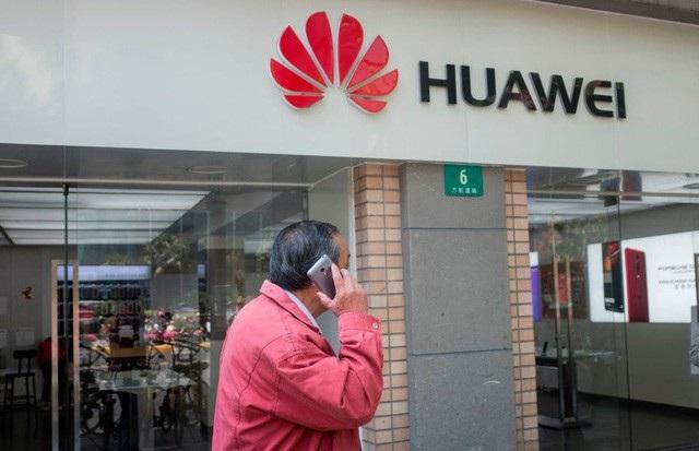 Một cửa hàng của hãng Huawei ở Thượng Hải, Trung Quốc (Ảnh: AFP)