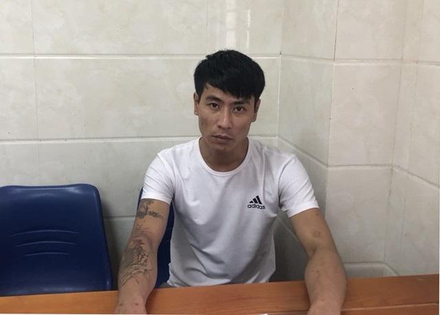 Đối tượng Hoàng Ngọc Sinh - người ở cùng Sơn trong thời gian xảy ra vụ việc, đã đầu hàng sớm và giao nộp 1 quả lựu đạn.