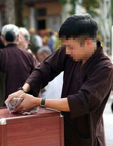 Hà Nội: Nghi án mất hàng trăm triệu đồng tiền công đức trong lễ dựng chuông - 2