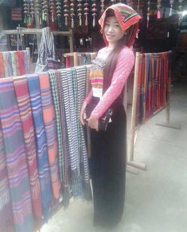 Không chỉ là một giáo viên dạy mầm non, cô giáo Hà Thị Yên còn tham gia làm du lịch cộng đồng của gia đình, địa phương.