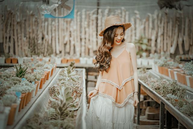 Hoa khôi Vũ Thanh Tú tươi tắn đón sinh nhật - 3