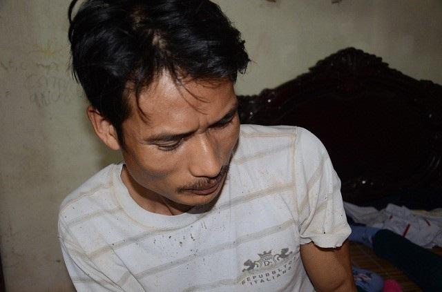 Anh Nguyễn Văn Đà ( chồng chị Tuệ), vốn ốm yếu từ nhỏ, nay vợ con lâm trọng bệnh, anh không biết xoay sở ra sao!?