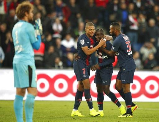 PSG toàn thắng cả 10 trận ở Ligue 1 mùa này