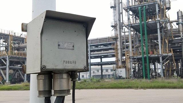 Nhiều loại máy móc, thiết bị Trung Quốc nhập vào Việt Nam ở nhà máy đạm Ninh Bình