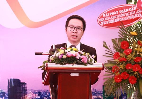 Ông Lương Minh Đức, Giám đốc Hải Phát Land Chi nhánh TP. Hồ Chí Minh phát biểu Hải Phát Land khai trương chi nhánh thứ 18 tại TP.HCM Hải Phát Land khai trương chi nhánh thứ 18 tại TP.HCM photo 2 1540165530358720666682