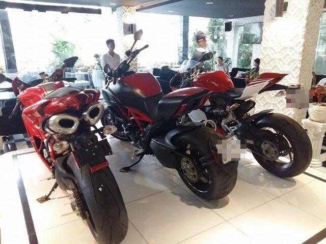 Doanh thu bán hàng của các doanh nghiệp nhập khẩu xe máy, mô tô vượt qua doanh nghiệp sản xuất trong nước