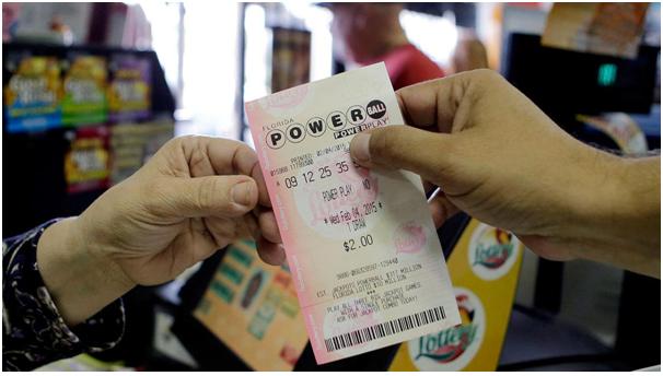 Tổng giá trị giải độc đắc Powerball và Mega Millions ở Mỹ đã lên hơn 2, 2 tỷ USD. (Ảnh minh họa: USA Today)