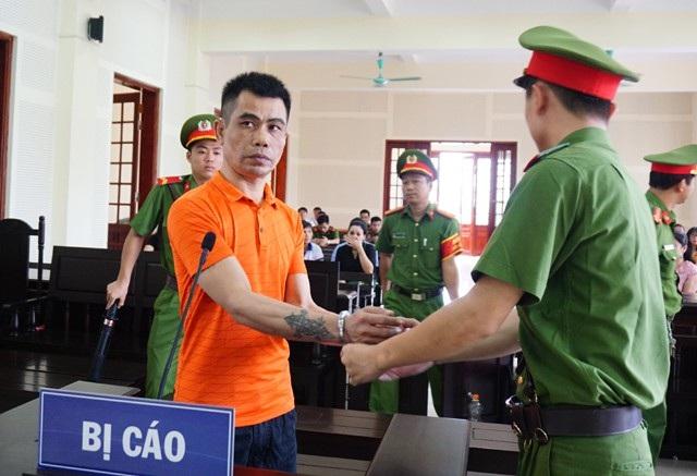 Với hai tội danh Mua bán trái phép chất ma túy và Tàng trữ trái phép vũ khí quân dụng, Lê Đăng Thanh phải lĩnh mức án tử hình