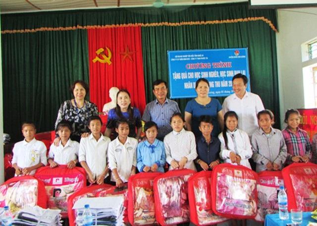 Các doanh nghiệp ở Nghệ An đã thể hiện được trách nhiệm xã hội của mình thông qua các hoạt động từ thiện, giúp đỡ người nghèo...