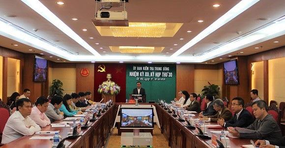 Ông Trần Cẩm Tú chủ trì kỳ họp 30 của UB Kiểm tra TƯ.