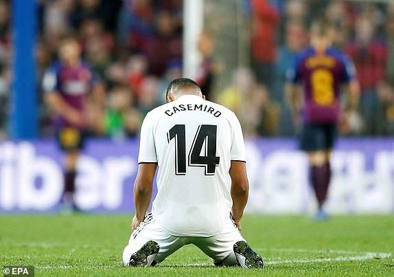 Nỗi thất vọng của Casemiro khi Real Madrid thảm bại