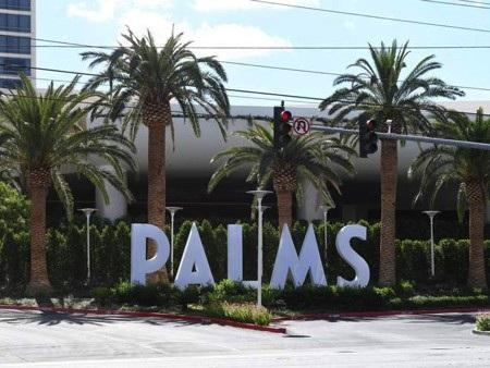 """Khách sạn Palms là nơi Kathryn Mayorga """"tố"""" CR7 hiếp dâm từ năm 2009"""