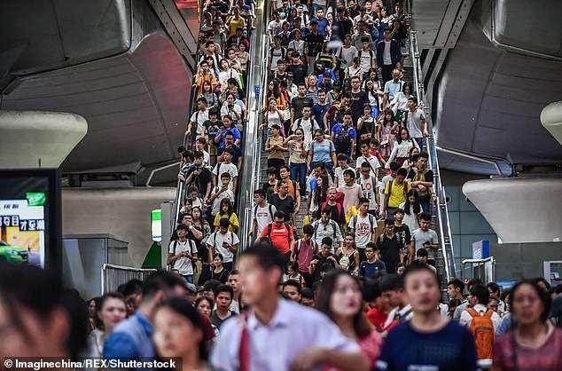 Tuần lễ vàng là mùa du lịch cao điểm ở Trung Quốc khi người dân được nghỉ lễ Quốc khánh 7 ngày