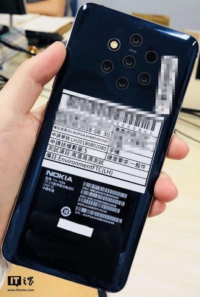 Hình ảnh Nokia 9 với cụm 5 cameara bị rò ri gần đây